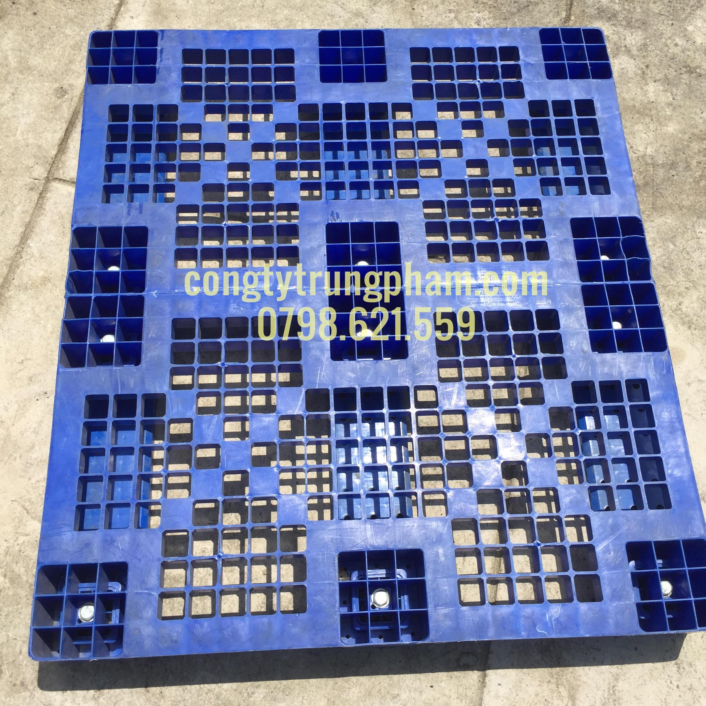 Pallet nhựa SG 1200x1050x150